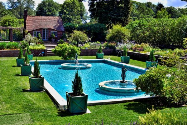 garden 3204892 960 720 600x400 - Pool Packages